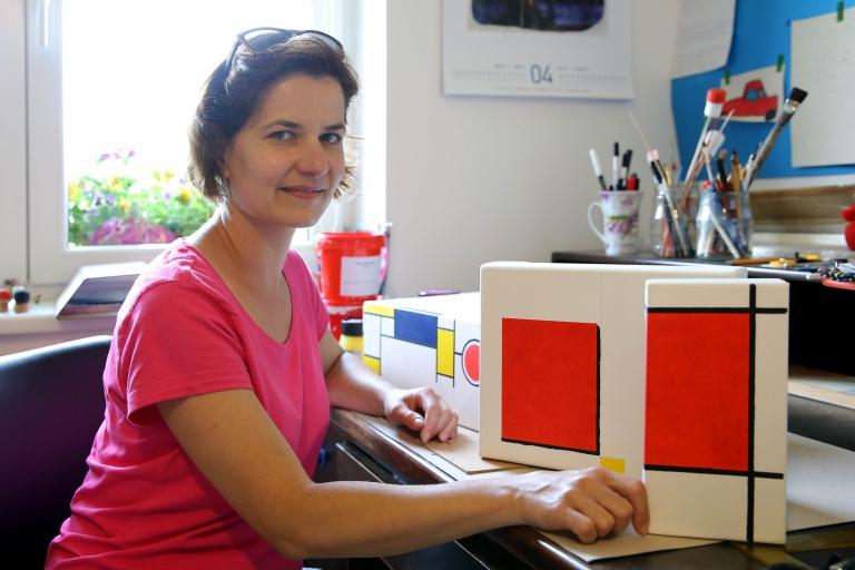 Petra Herotová: Mondrian a papírová krabička